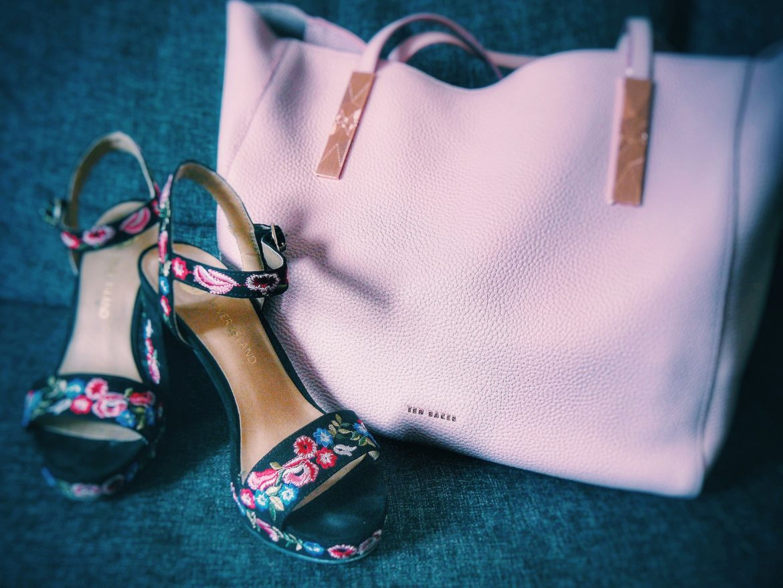Outlandish blog colour coordinate style fashion trend