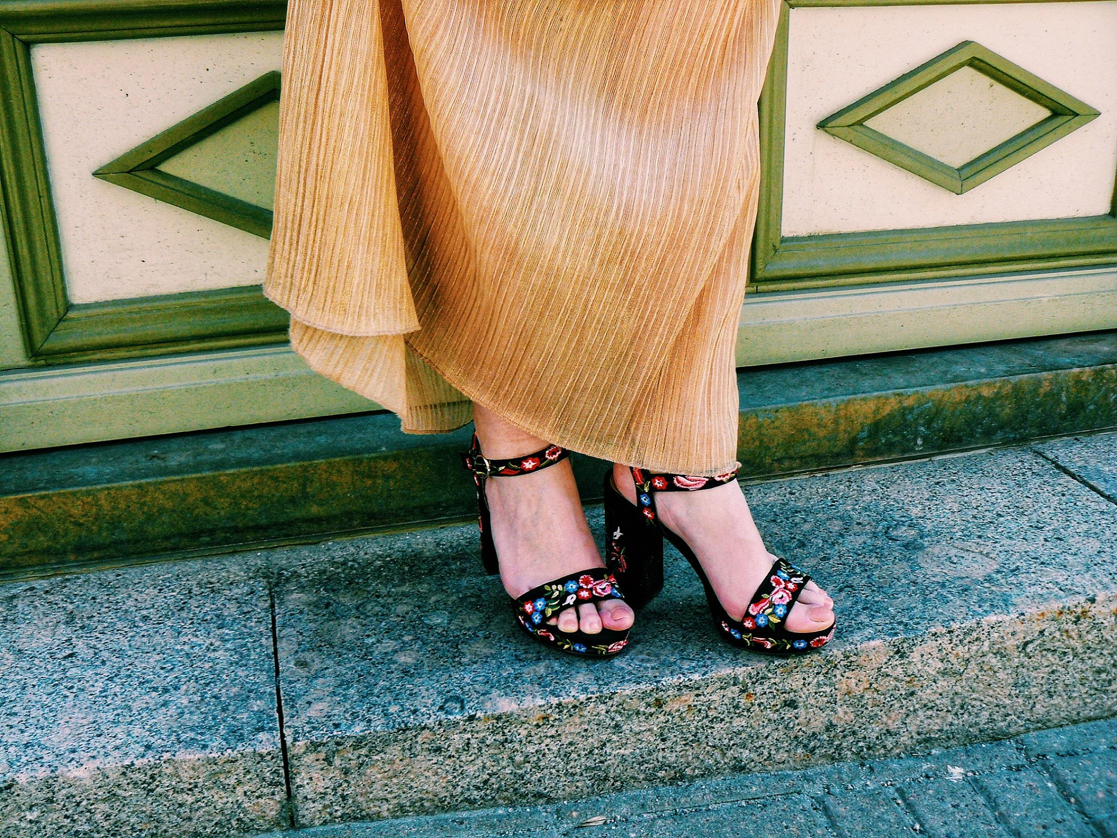 Outlandish blog fashion good life style Ted Baker