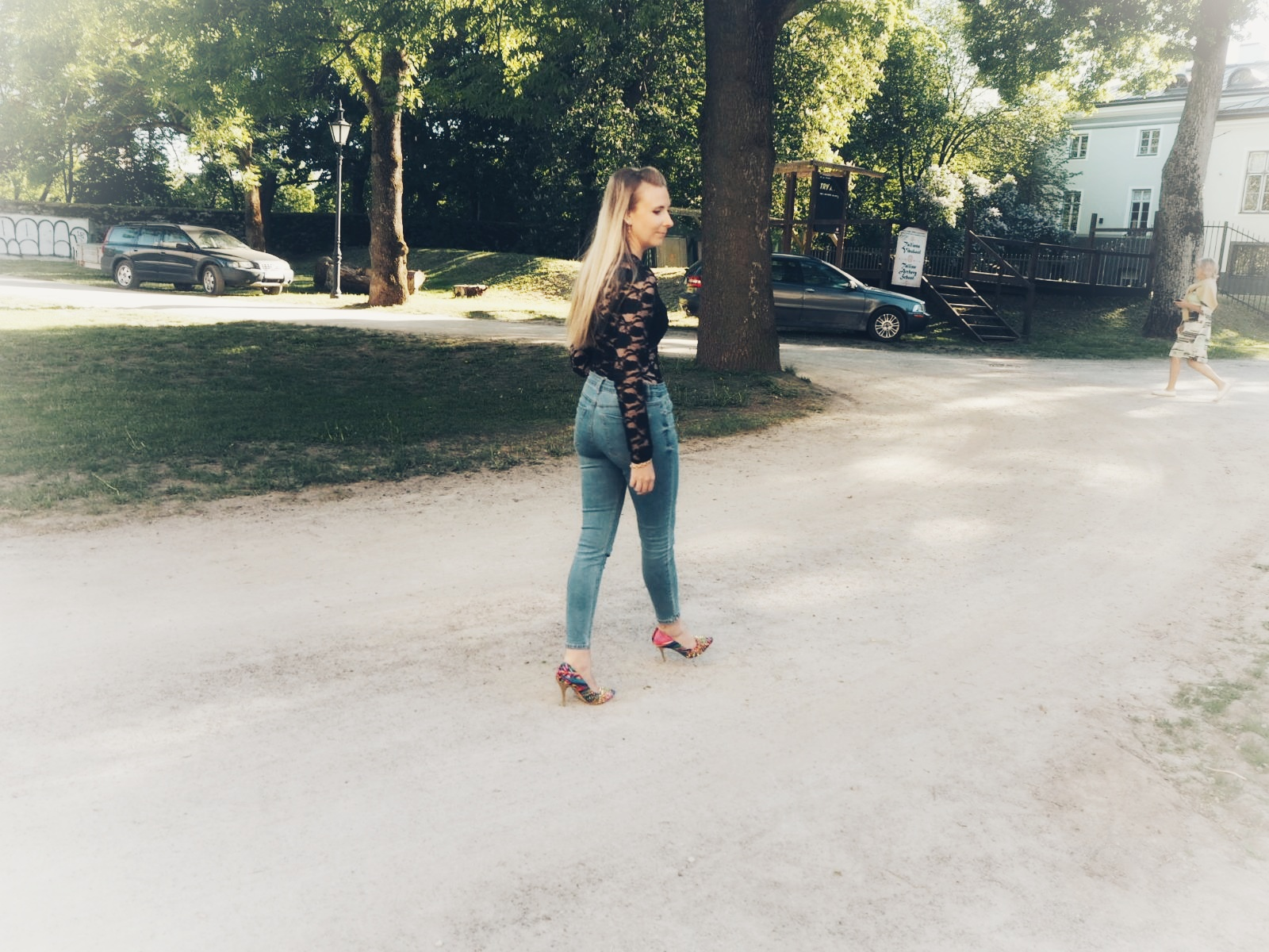 Outlandish blog selfie model what I learned lace outfit