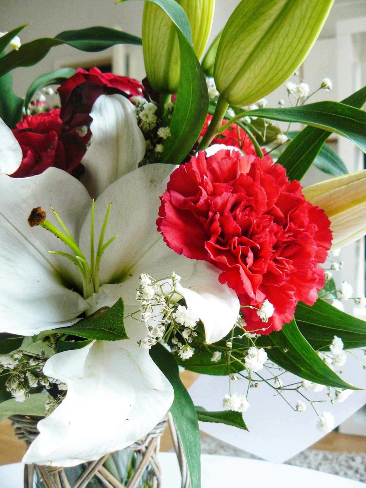 Outlandish blog what makes me happy flowers