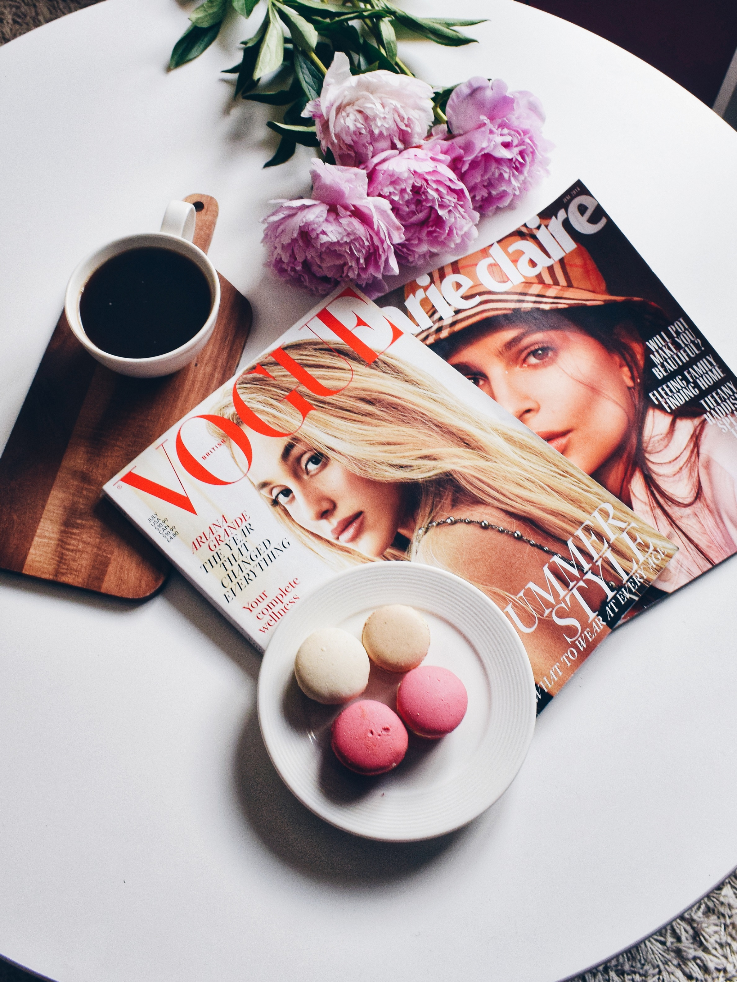 Outlandish blog unplug summer vacation holiday relax vogue coffee peonies macarons