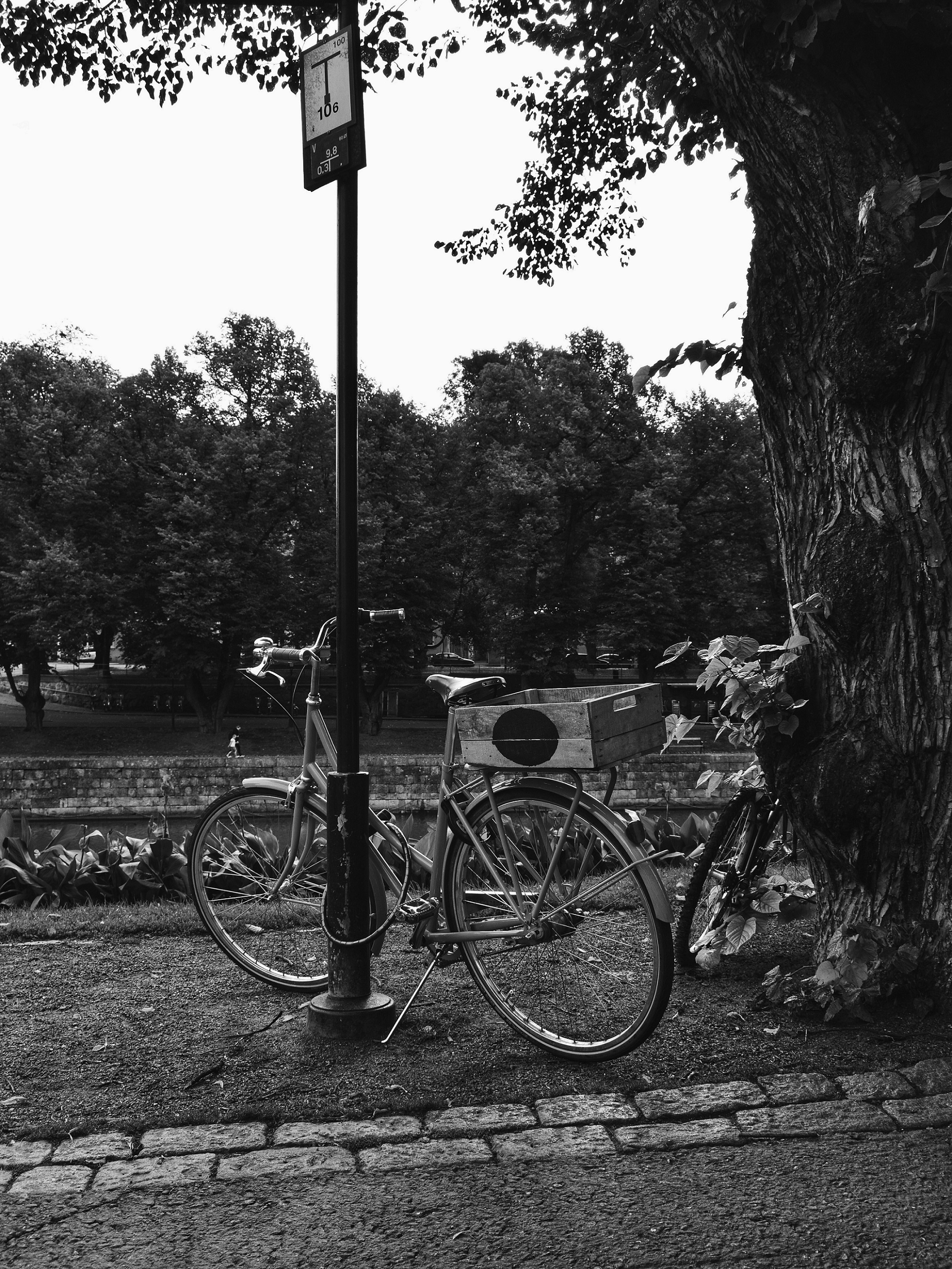 Outlandish blog black white photography challenge bucket list