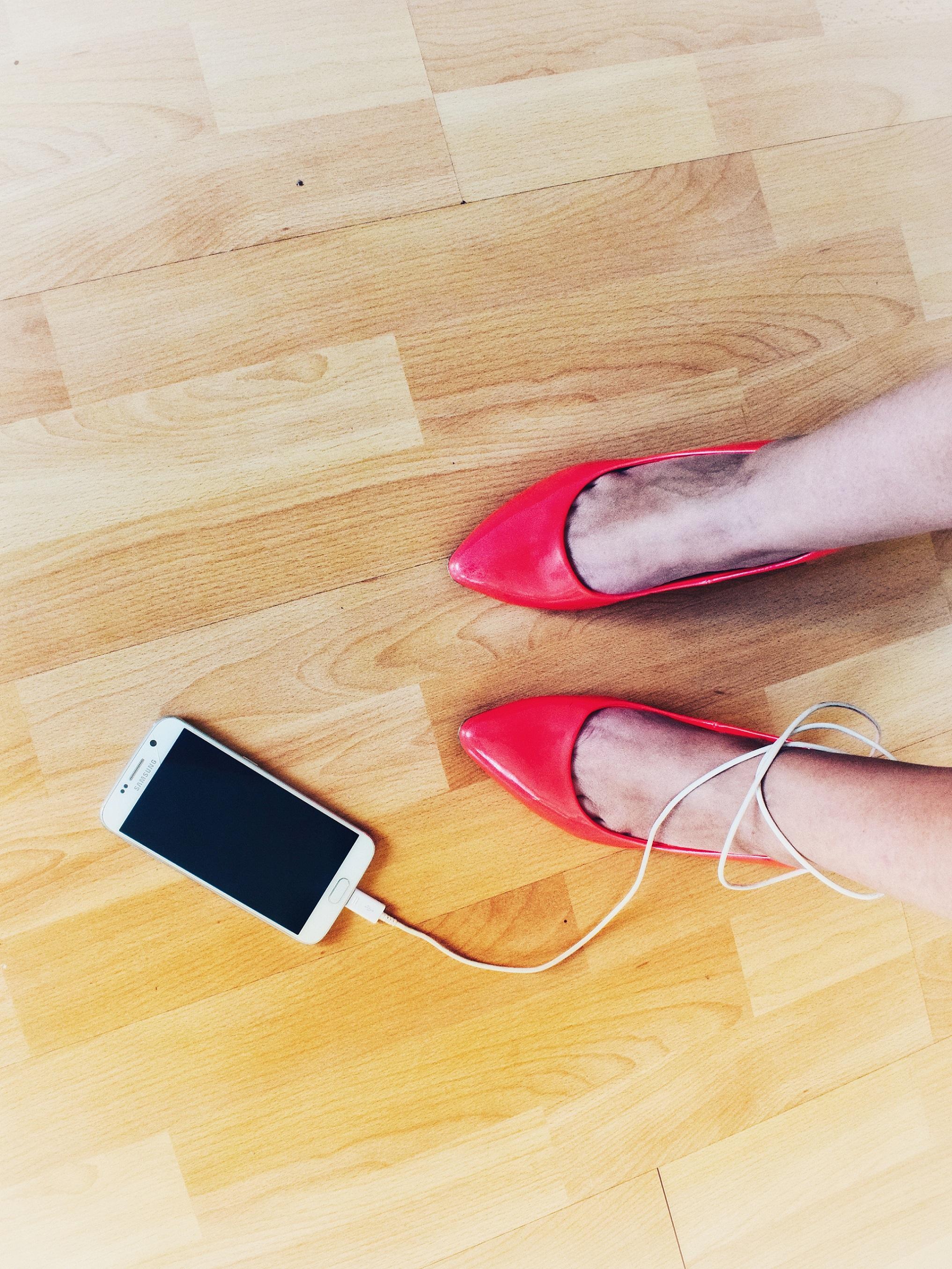 Outlandish blog heartbreak how survive broken heart friend abandon technology obsessed
