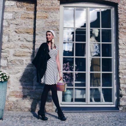 Outlandish blog Autumn accessories hat handbag style fashion trend stripes lipstick