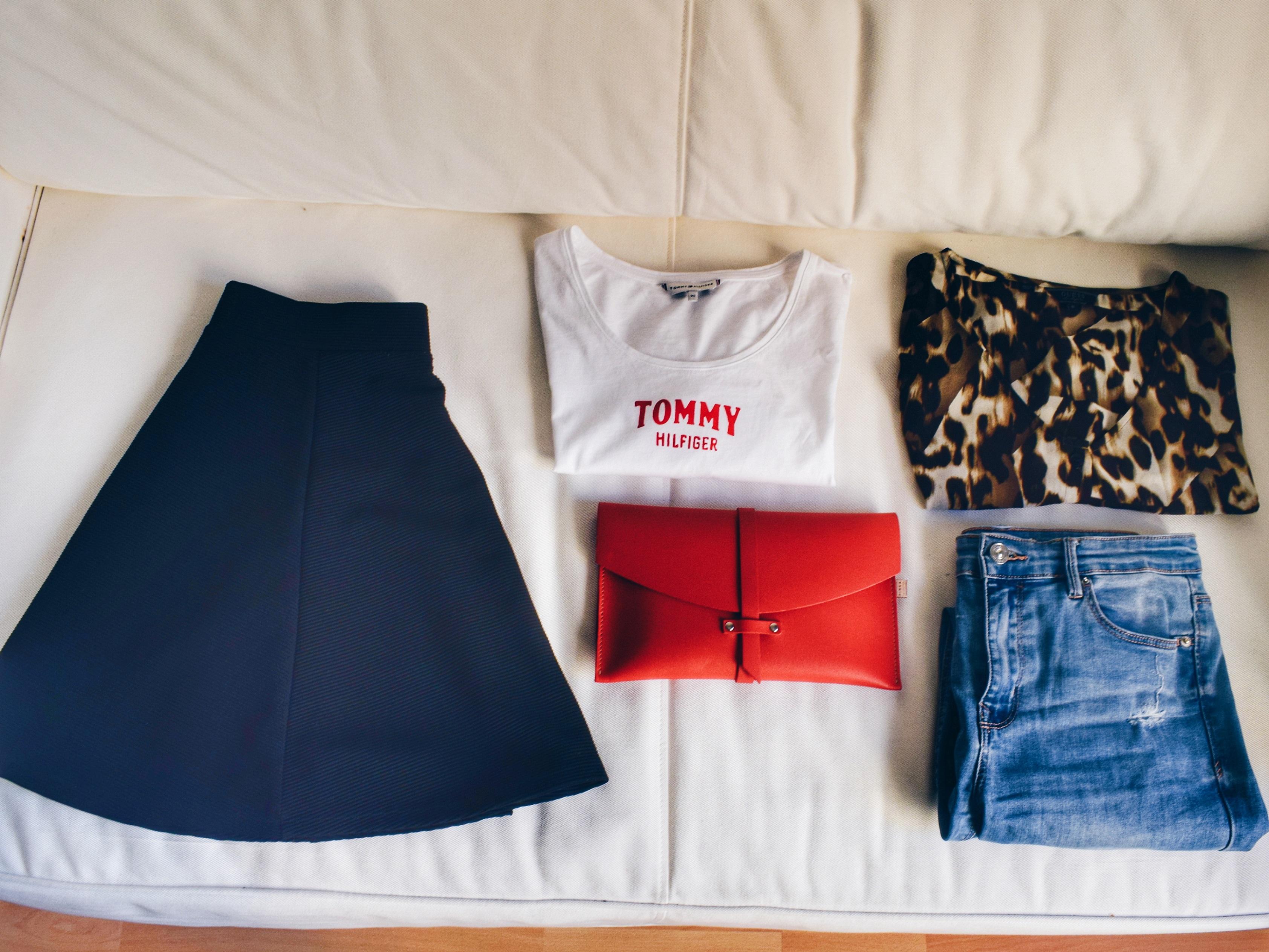 Hand Luggage Essentials Weekend Milan